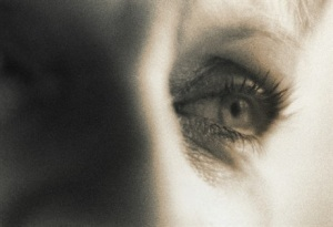 Tight photo of a woman's face and eyes